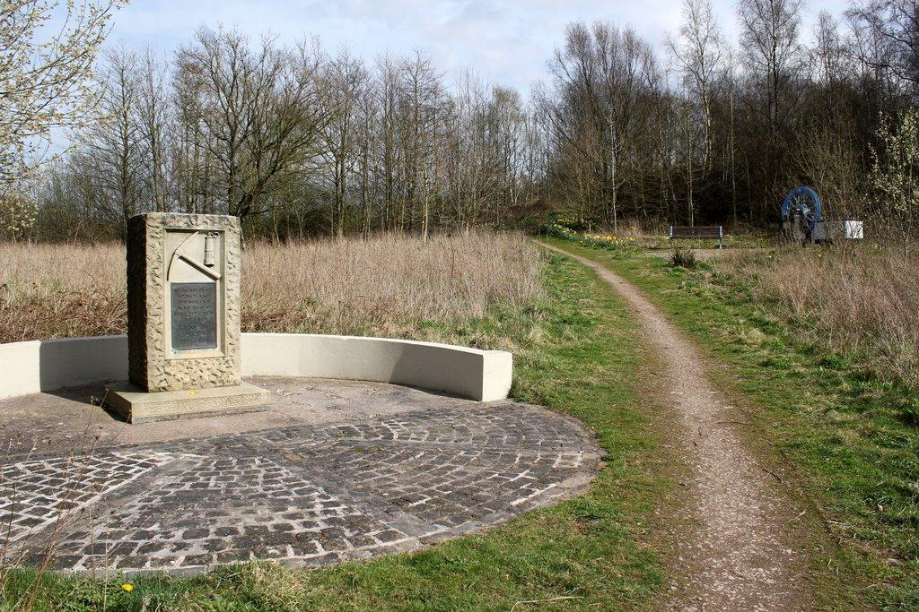 minnie pit memorial